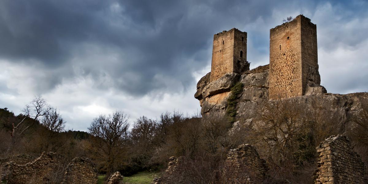 Castillo de Sibirana, Uncastillo. Otoño Prepirineo Cinco Villas.