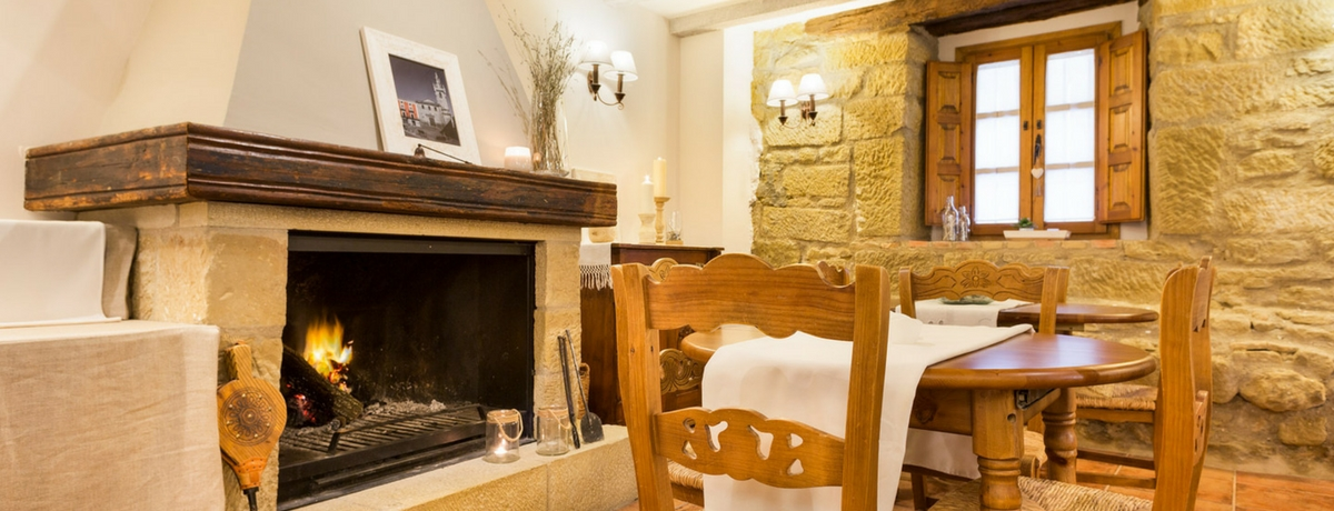 Rincón del hotel rural Posada de Uncastillo. Hotel con encanto en el Prepirineo de Aragón cerca de Sos del Rey Católico.