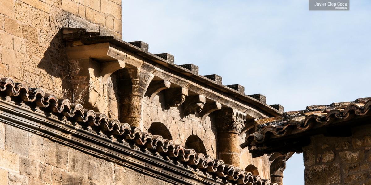 Detalle iglesia románica San Martín de Uncastillo. Cinco Villas.