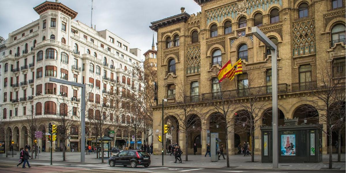 Paseo Independencia. Shopping, compras Zaragoza alquiler apartamento.