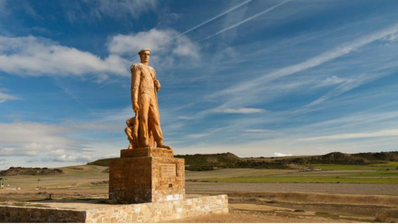 Monumento al pastor en Bardenas Reales