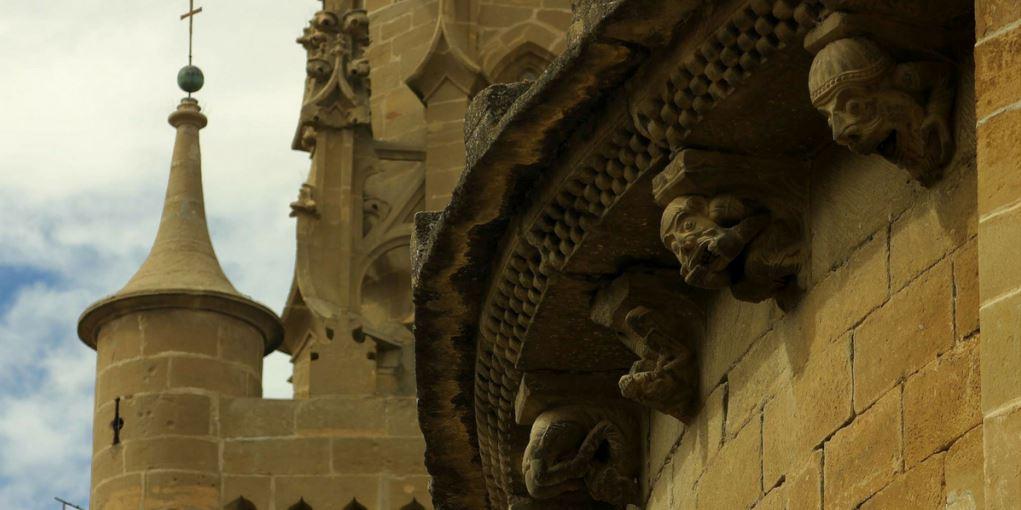 Iglesia románica y gótica en Uncastillo